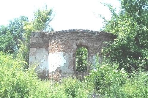 Црква Св. Петке у Добрчану тоне у заборав!